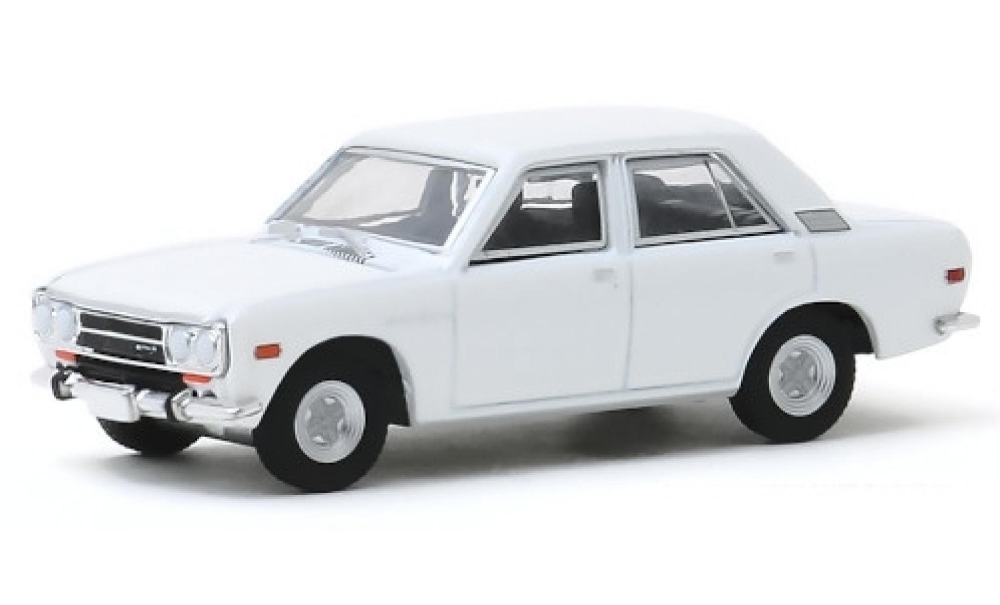 Datsun 510 1/64 Greenlight 4-Door Sedan blanche 1972