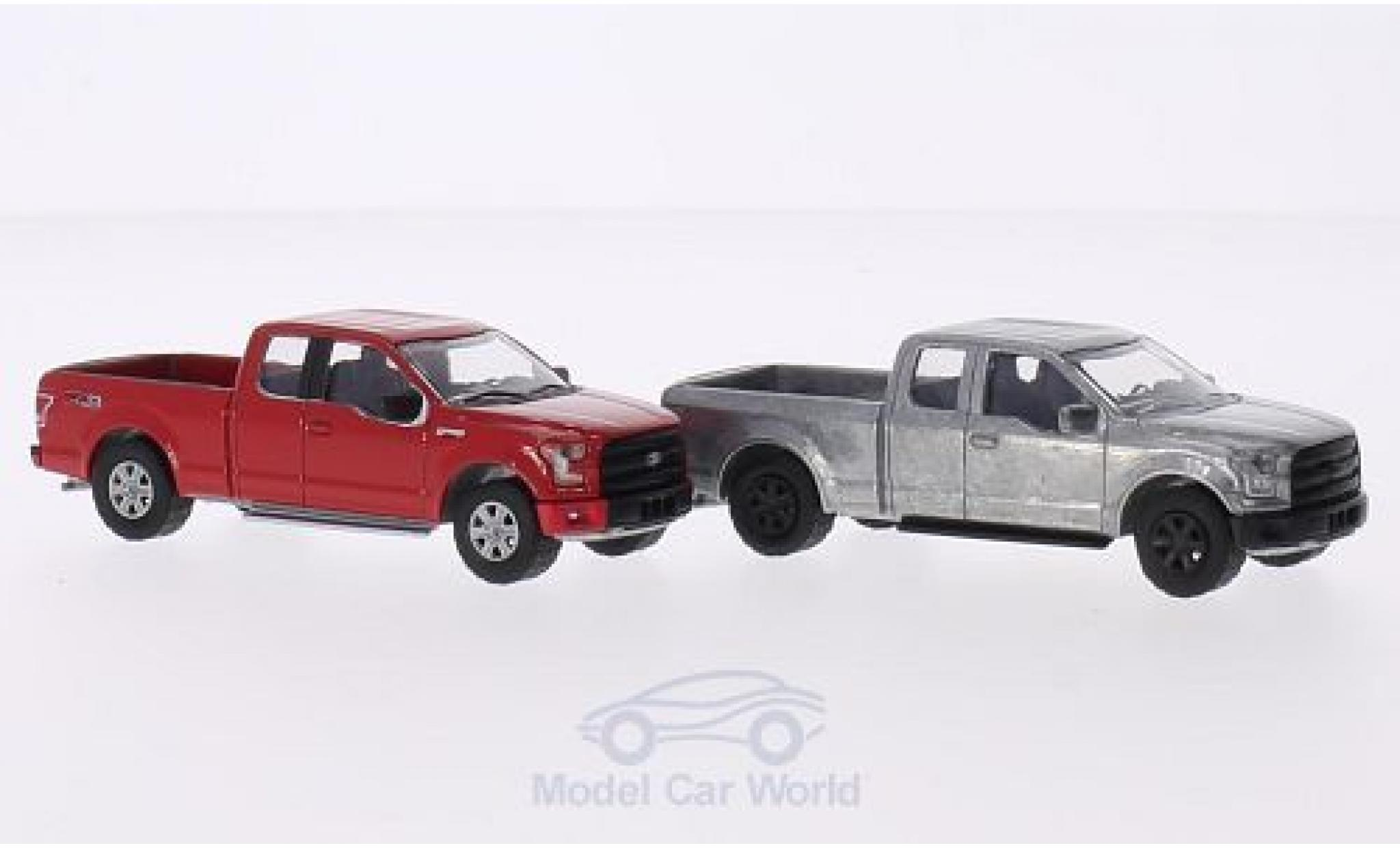 Ford F-1 1/64 Greenlight 50 XLT 2014 2er-Set in PC-Box je 1x rot und 1x unlackiert FirstCut