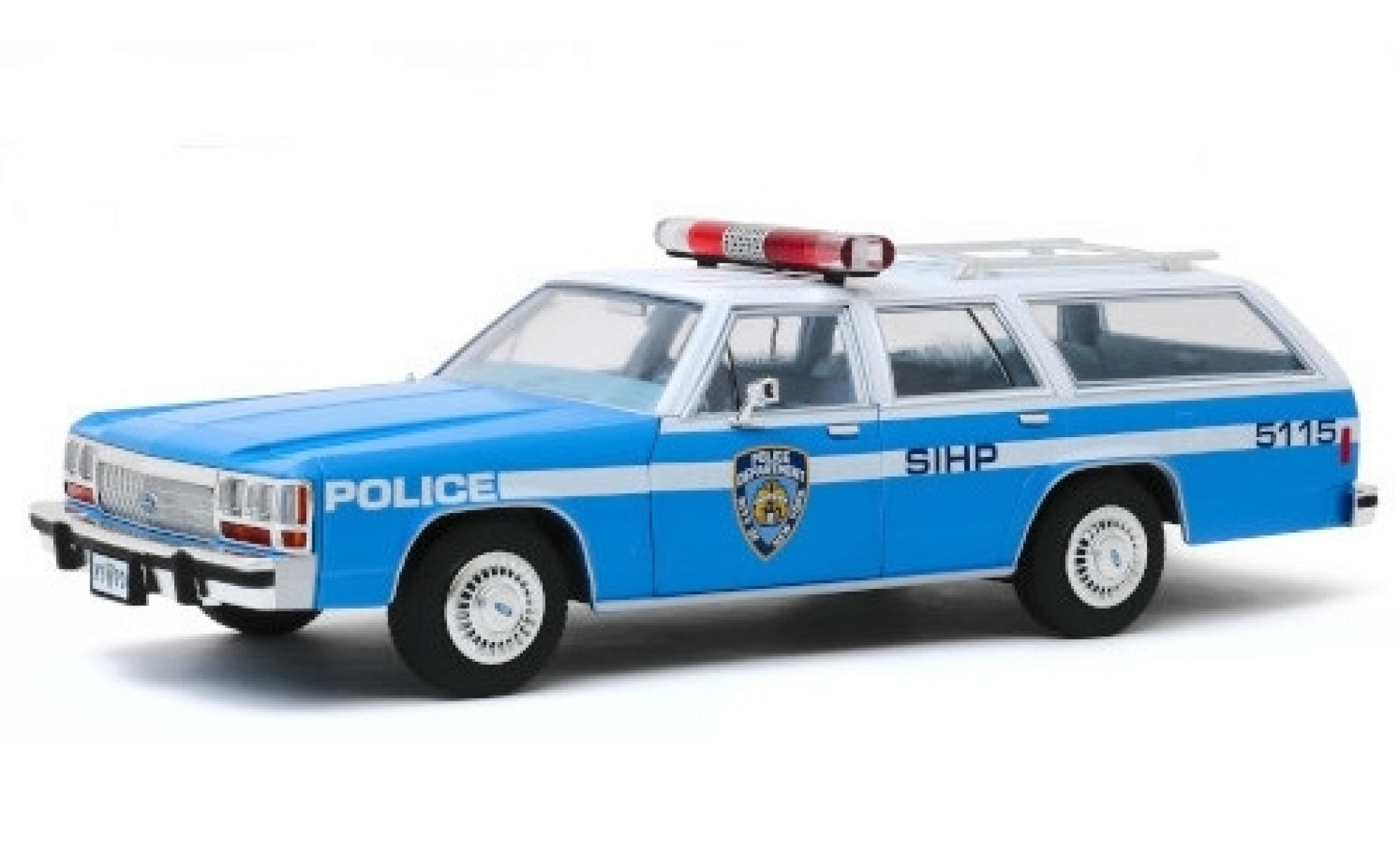 Ford LTD 1/18 Greenlight Crown Victoria Wagon NYPD - New York City Police Department 1988 Artisan Collection