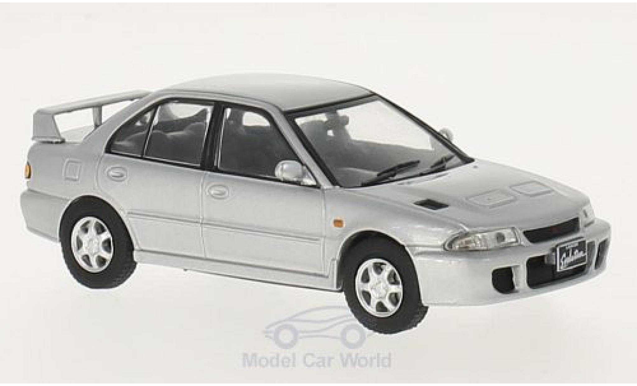 Mitsubishi Lancer 1/43 GTI Collection Evo 1 grise 1992