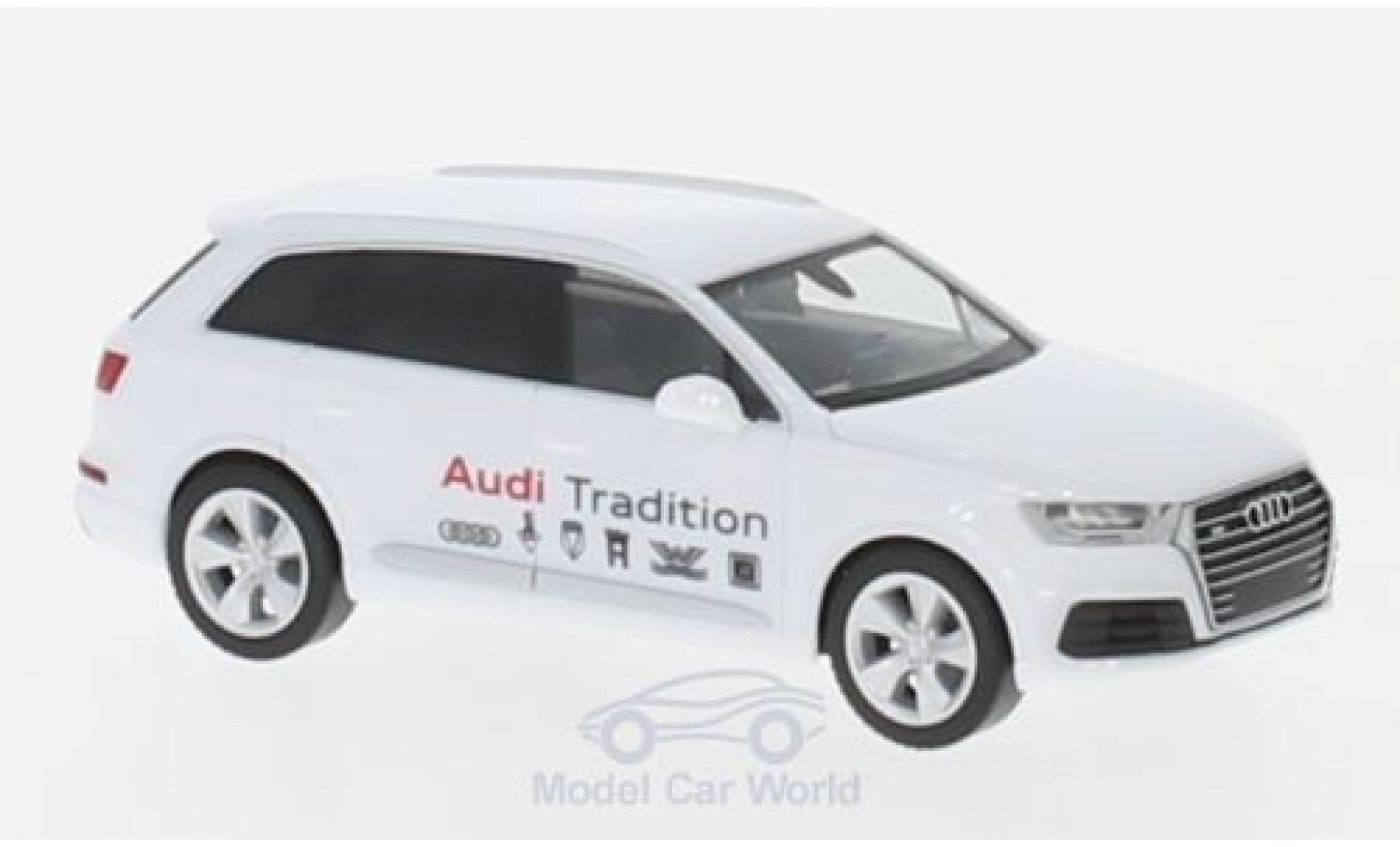 Audi Q7 1/87 Herpa Mobile Tradition
