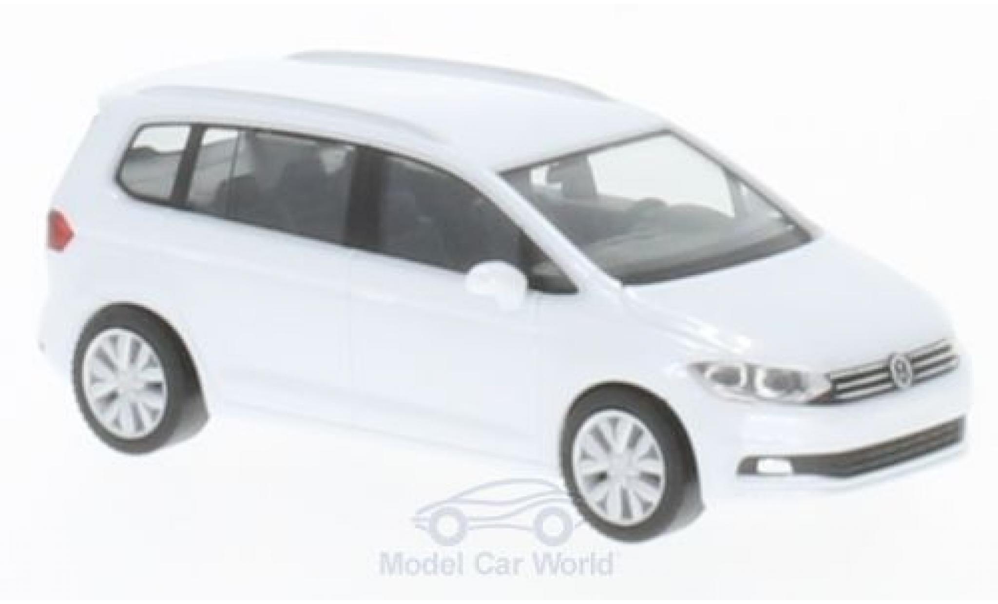 Volkswagen Touran 1/87 Herpa metallic-white