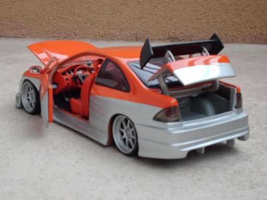 Honda Civic 1/18 Ertl parougeech orange grise