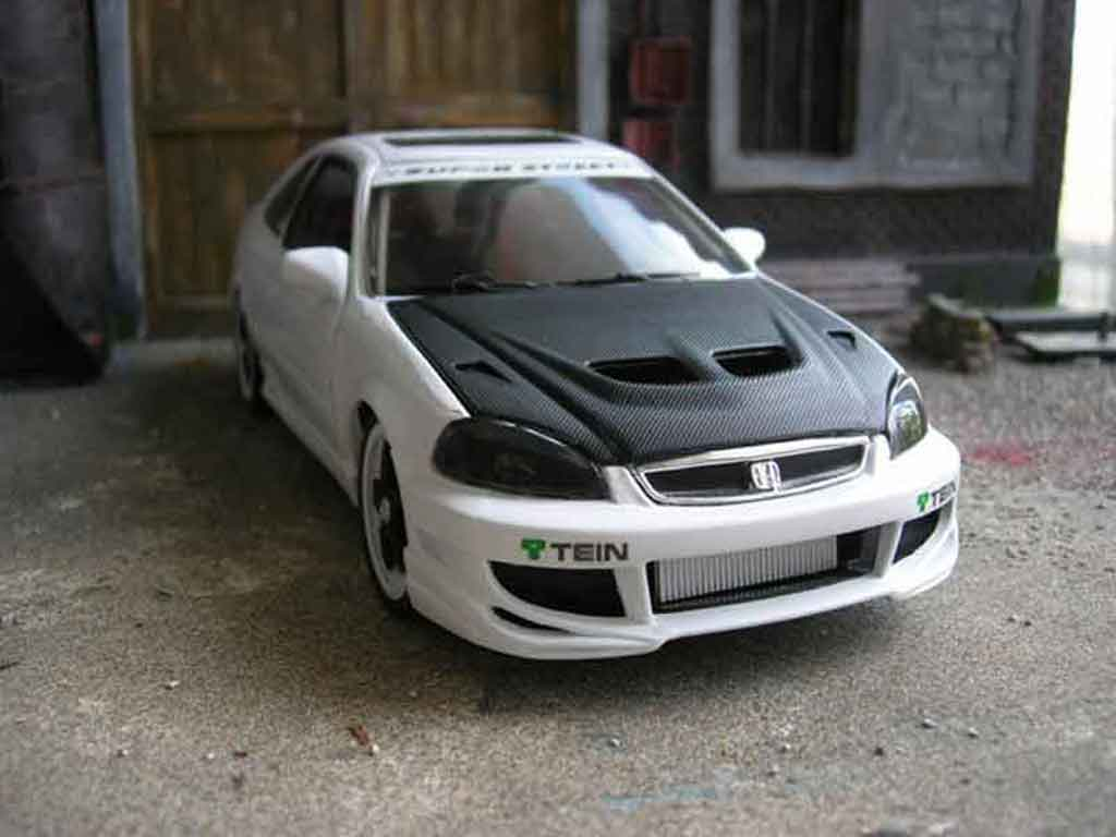 Honda Civic 1/18 Hot Wheels ek si jdm coupe tuning miniature
