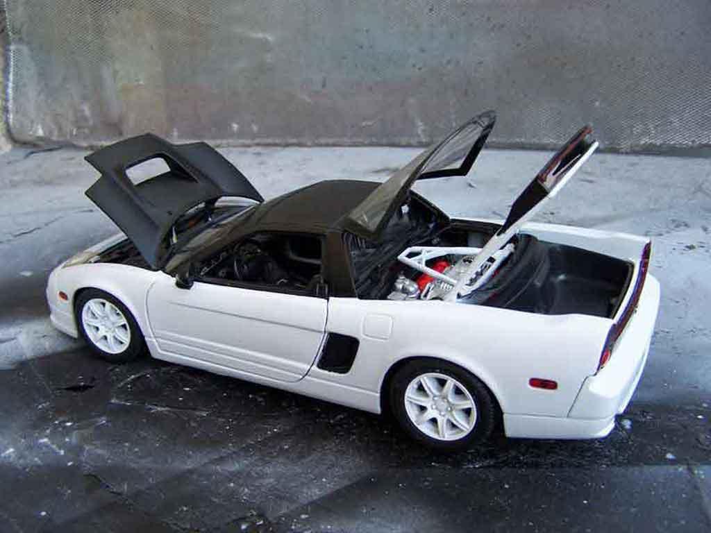 car picker   white honda nsx