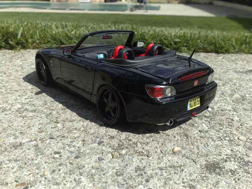 Honda S2000 1/18 Maisto noire jantes 18 pouces tuning miniature