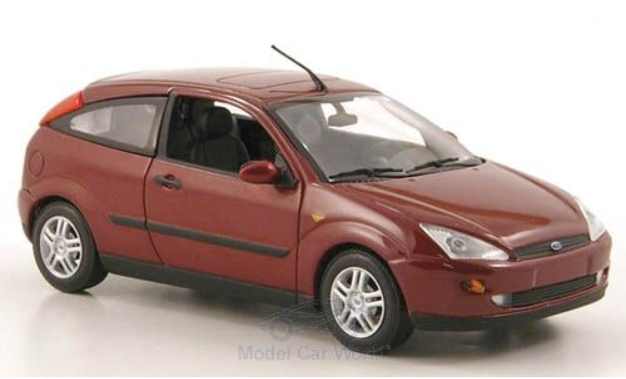 Ford Focus 1/43 Minichamps MkI 3-Türer metallic-dunkelred 2002