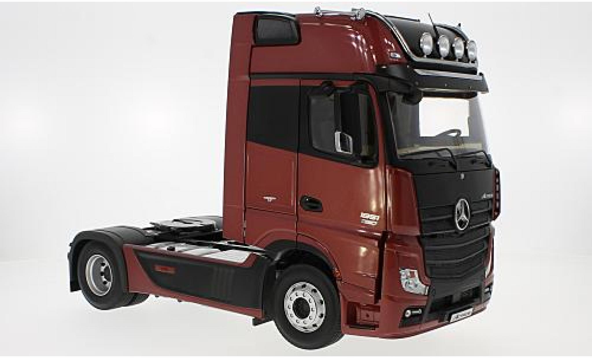 Mercedes Actros 1/18 I NZG GigaSpace 4x2 FH25 metallise rouge