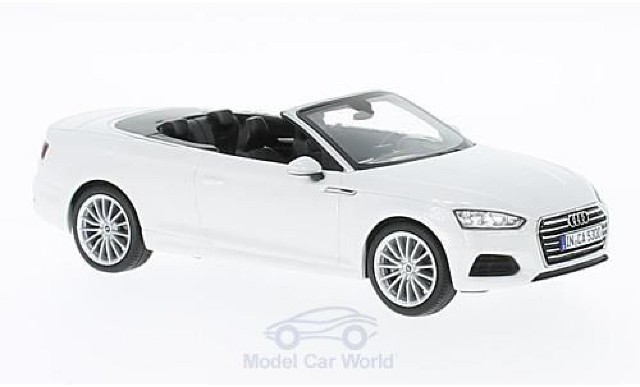 miniature audi a5 1 43 spark cabriolet metallic blanche. Black Bedroom Furniture Sets. Home Design Ideas