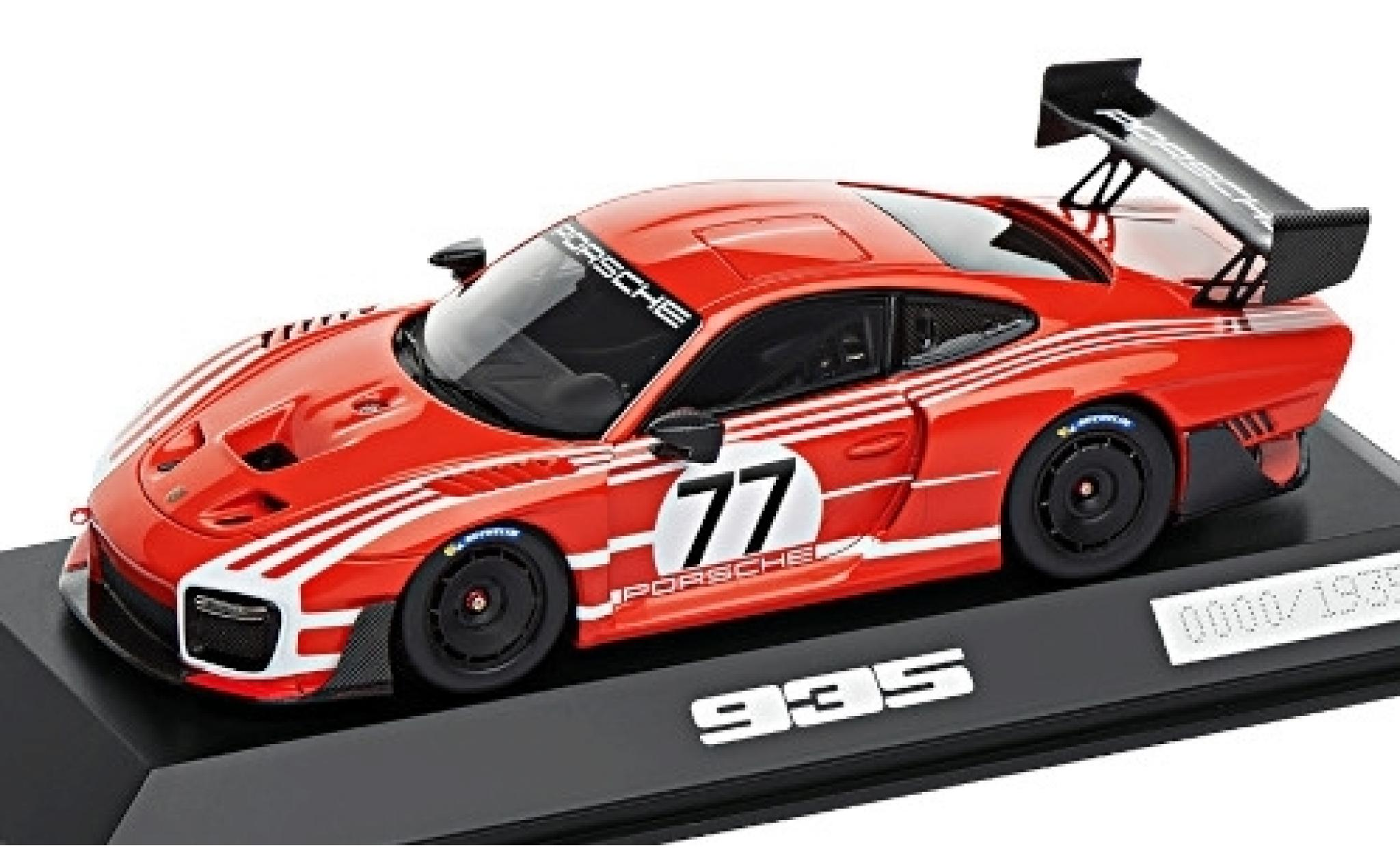 Porsche 991 GT2 RS 1/43 I Spark 935 red/white No.77 Salzburg Basis: 911 Clubsport (.2)