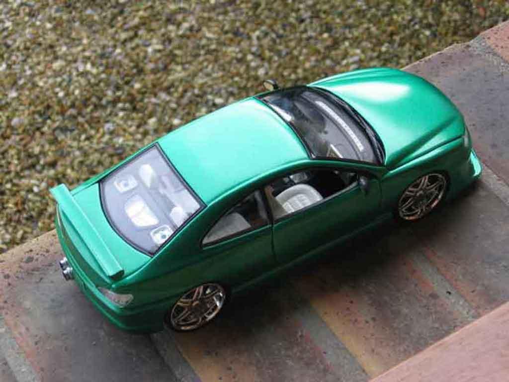 Peugeot 406 1/18 Gate kit carrosserie
