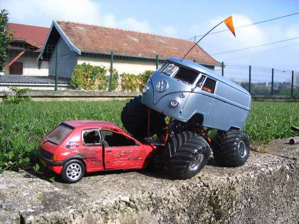 Volkswagen Combi 1/18 Solido big foot tuning miniature