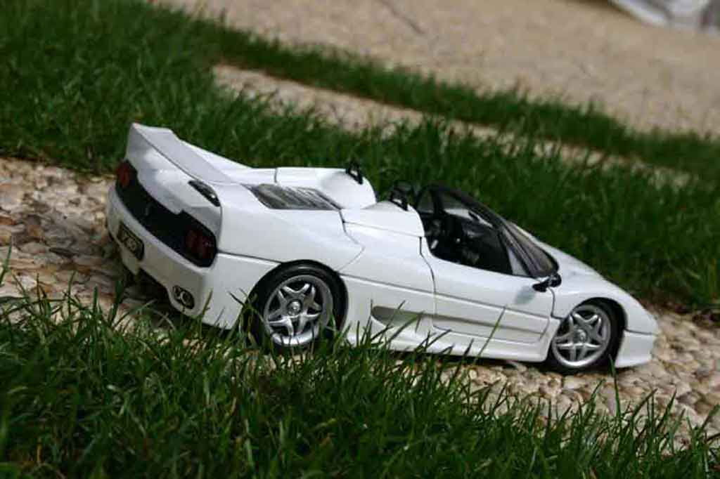 Ferrari F50 White Maisto Diecast Model Car 118 Buysell Diecast
