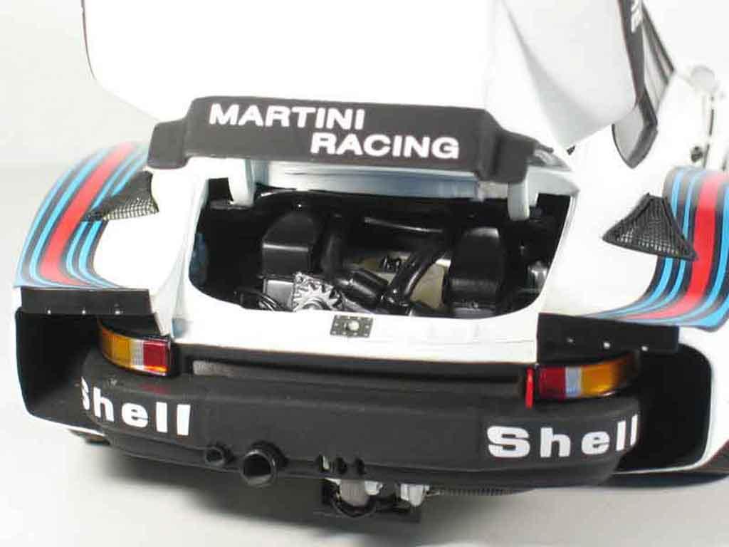 Porsche 935 1976 1/18 Exoto turbo 6h de dijon #3 martini