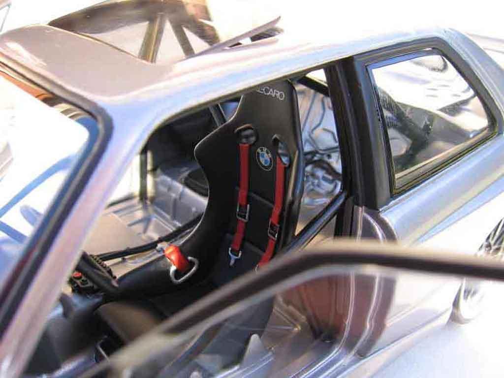 Bmw M3 E30 1/18 Autoart dm performance