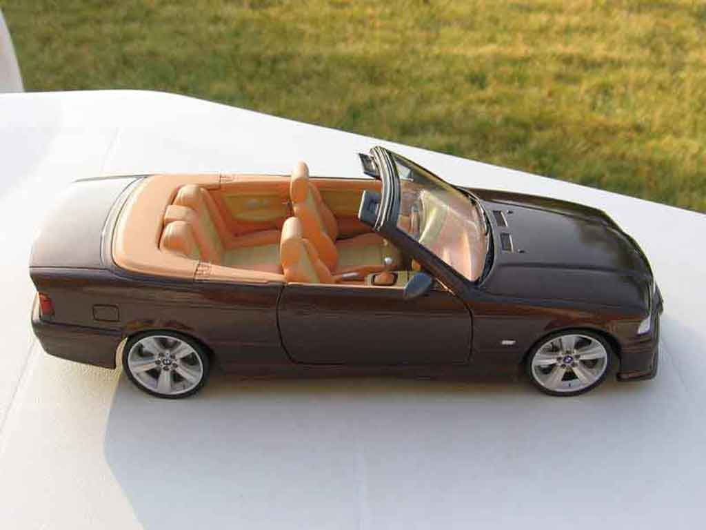 Bmw m3 e36 cabriolet miniature jantes e92 interieur cuir for Interieur e36