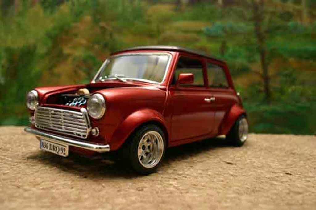 austin mini cooper miniature racing burago 1 18 voiture. Black Bedroom Furniture Sets. Home Design Ideas