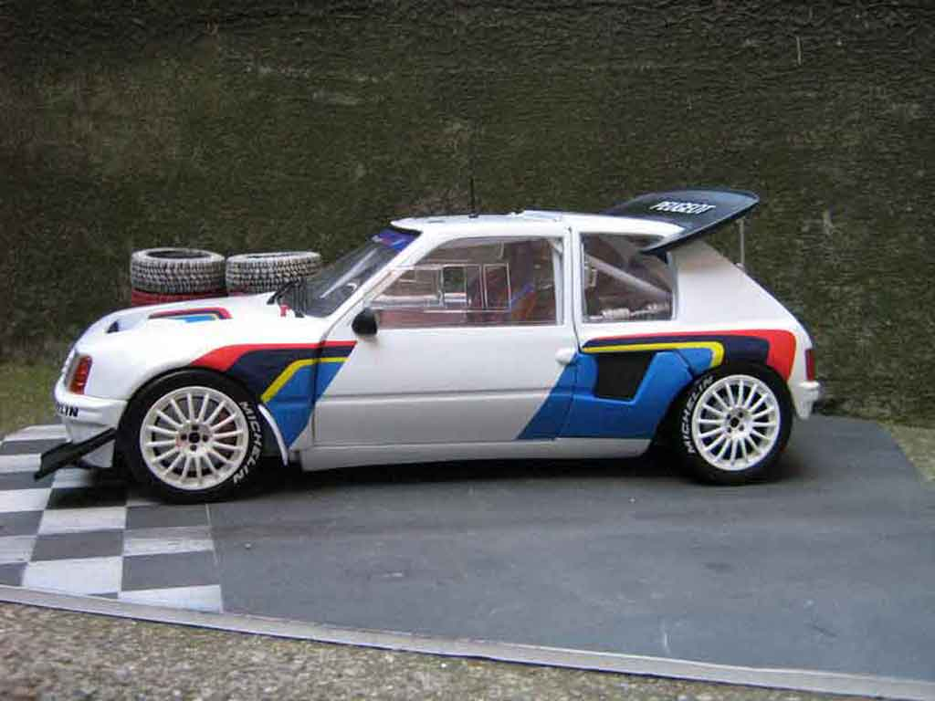 Peugeot 205 Turbo 16 Miniature Presentation Rallye T16