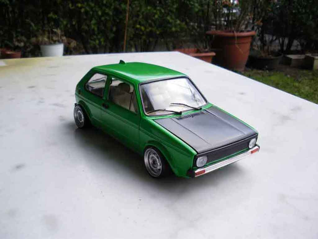 Volkswagen Golf 1 GTI 1/18 Solido emeraude