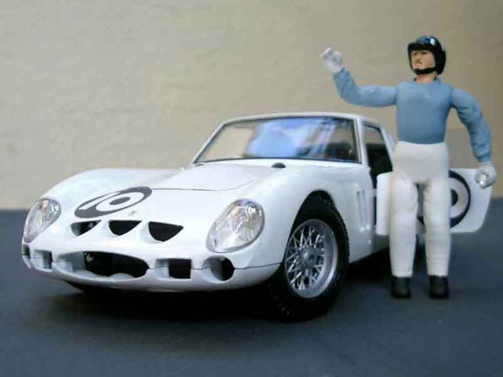 Ferrari 250 GTO 1/18 Burago graham hill white tuning diecast model cars