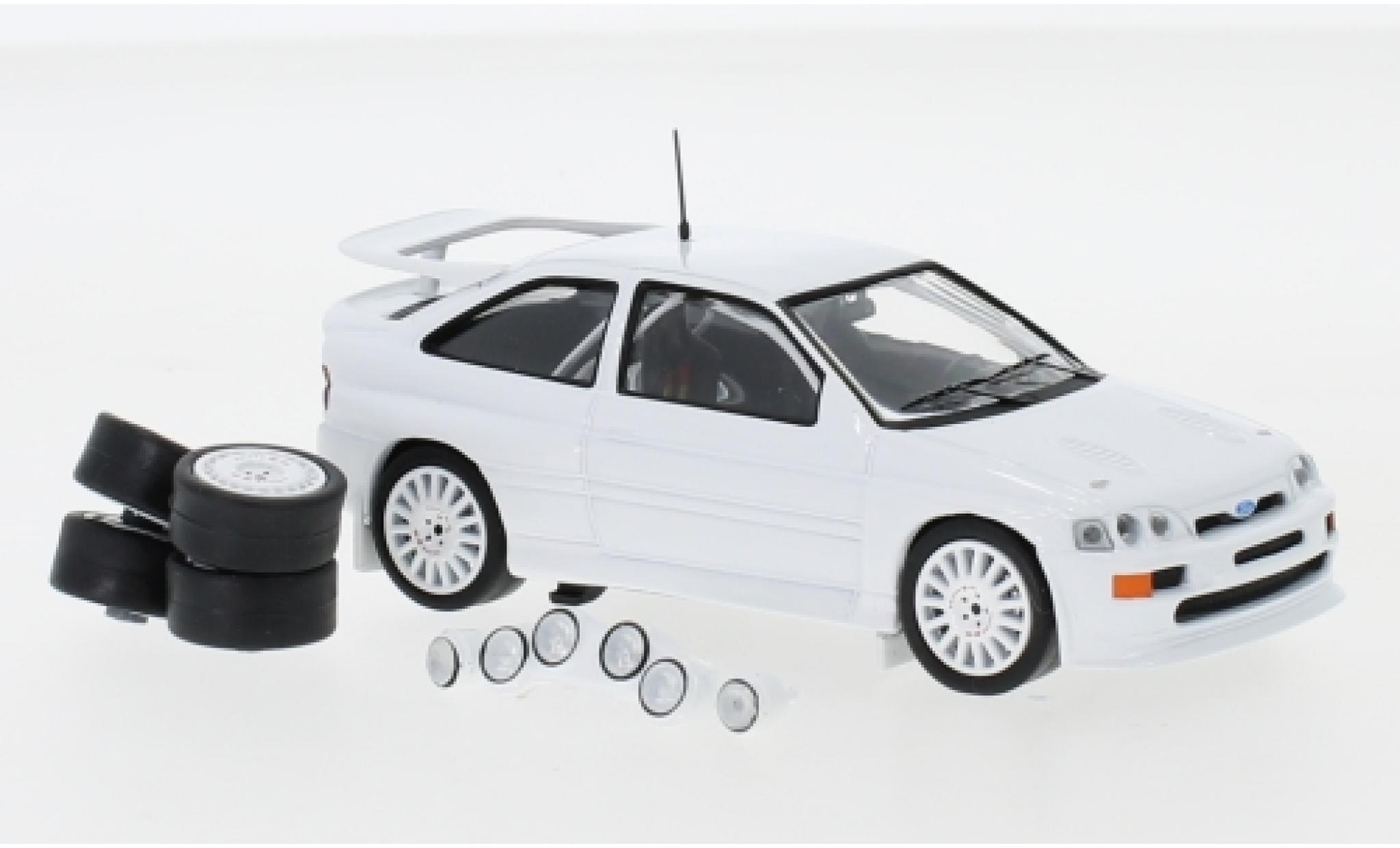Ford Escort 1/43 IXO RS Cosworth blanche 1994 Plain Body Version y compris les 4 Ersatzräder et extra Scheinwerfer