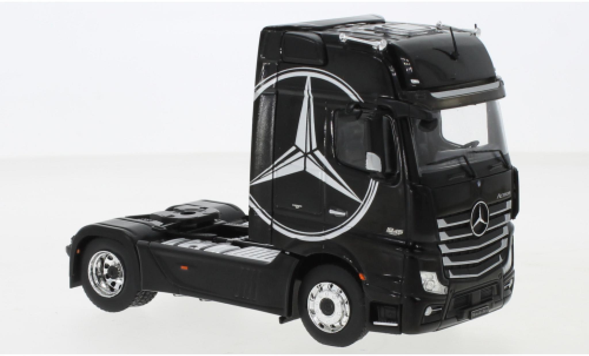 Mercedes Actros 1/43 IXO MP4 noire/Dekor 2012
