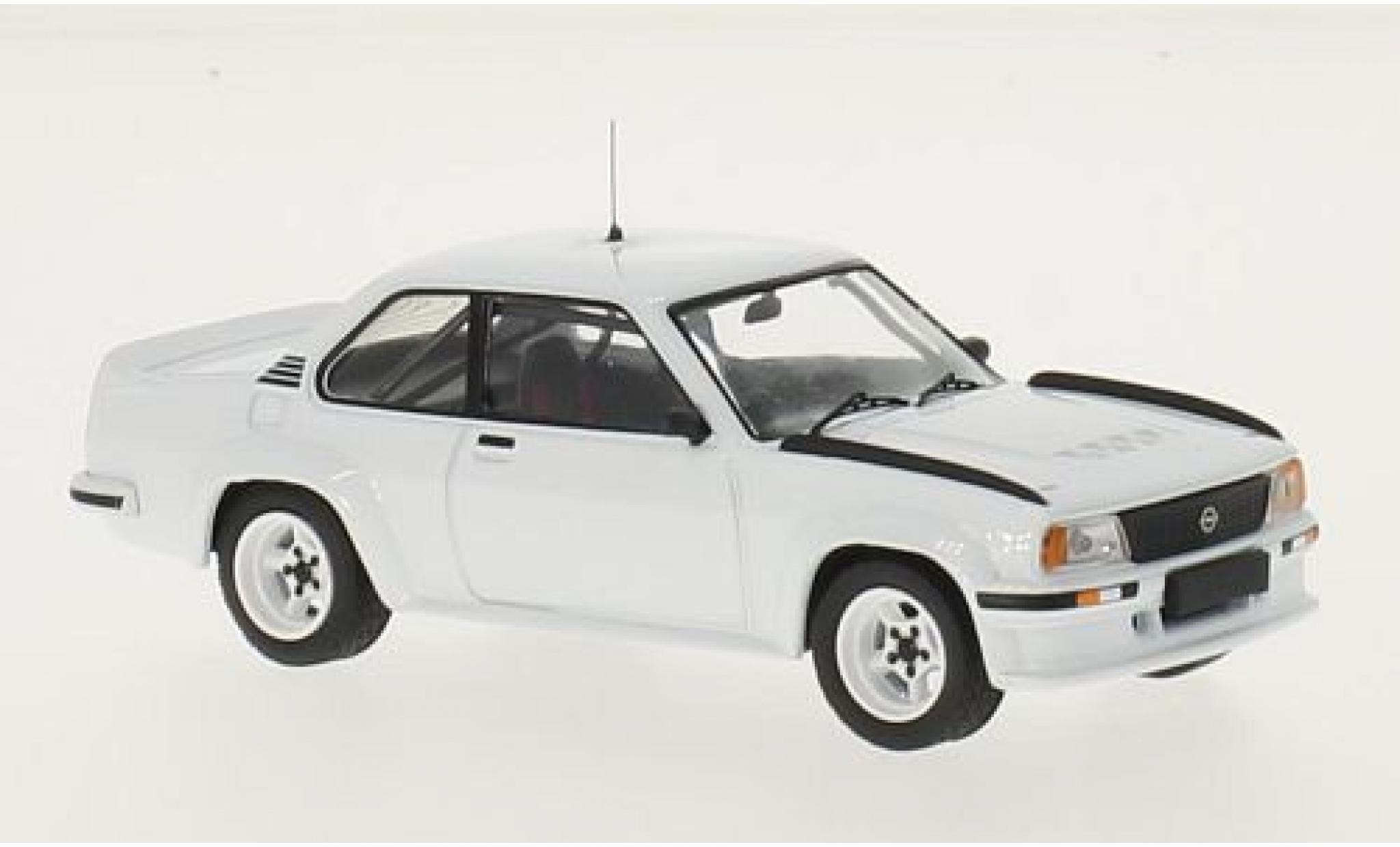 Opel Ascona 1/43 IXO B 400 blanche RHD 1981 Plain Body Version y compris les 4 Ersatzräder