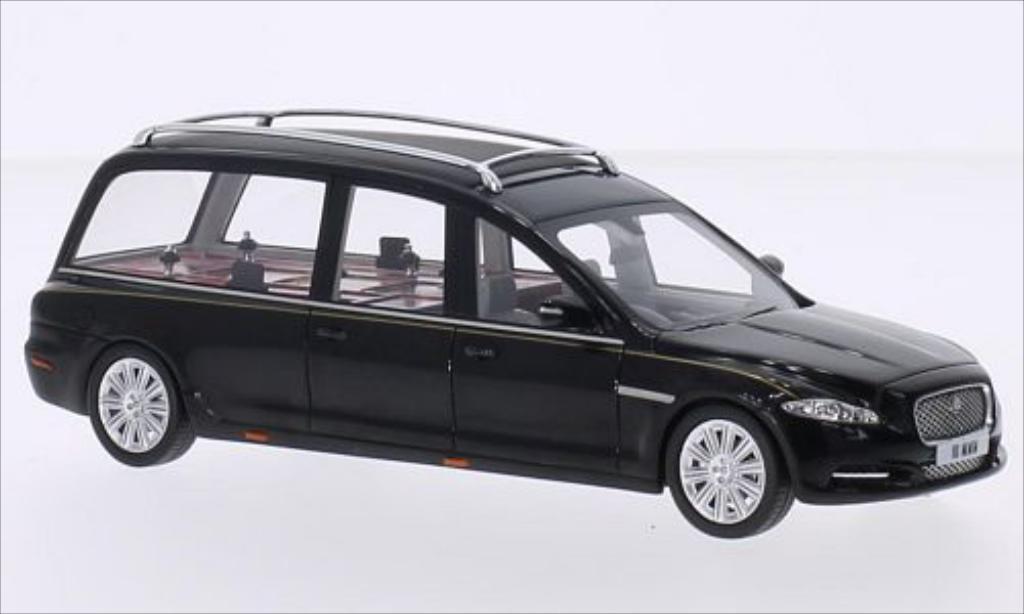 Jaguar XJ 1/43 GLM (X351) Hearse Wilcox noire 2013 miniature