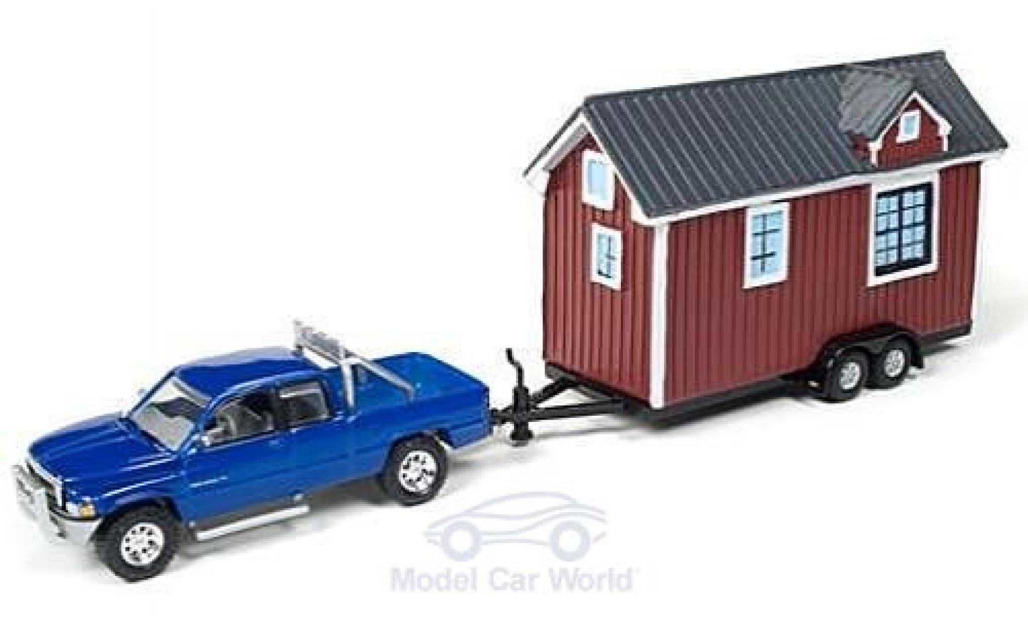 Dodge RAM 1/64 Johnny Lightning Ram 1500 metallic blue 1996 mit Tiny House ohne Vitrine