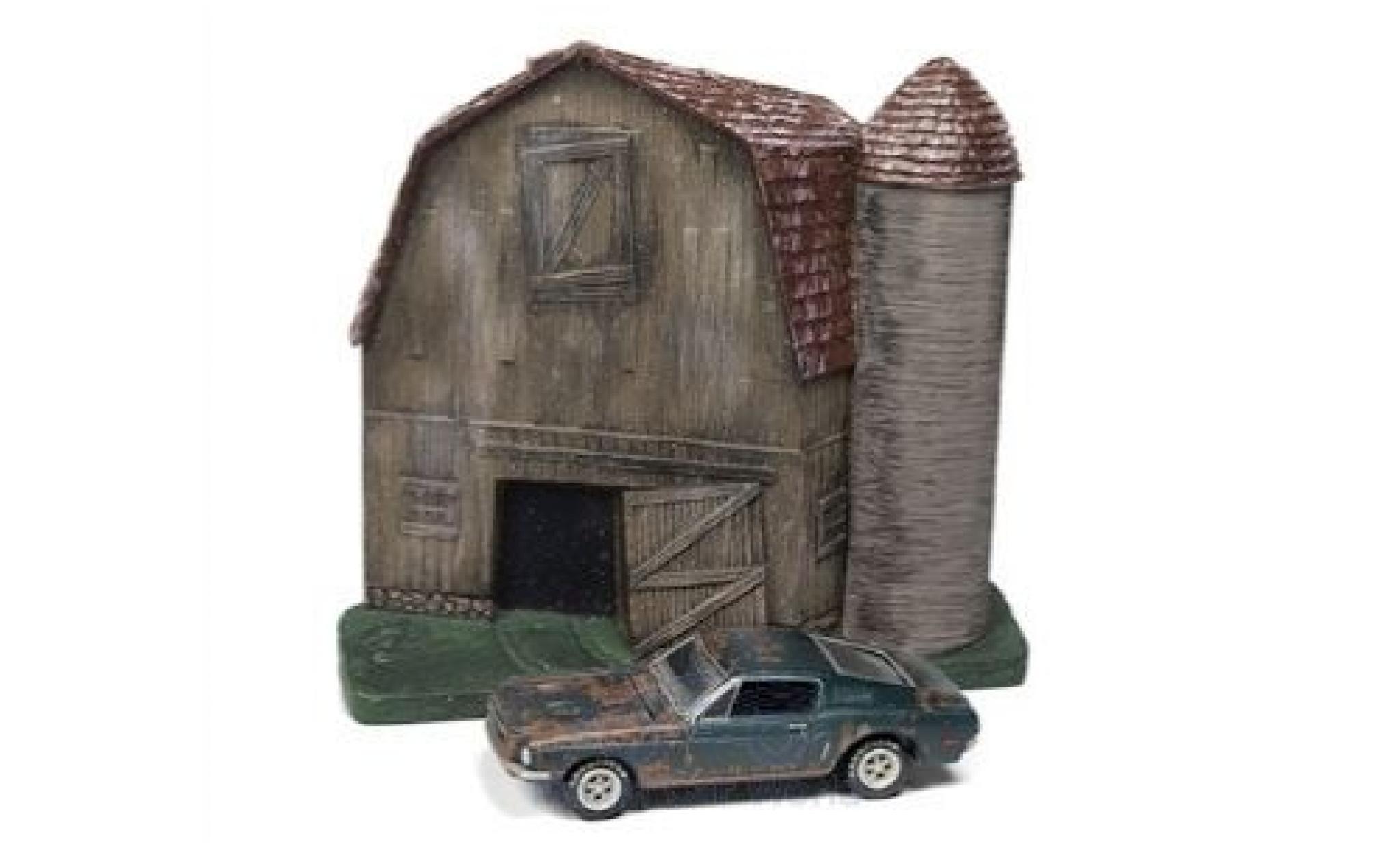 Ford Mustang 1/64 Johnny Lightning GT Fastback green 1968 Barn Finds Series 4 Diorama mit Witterungsspuren