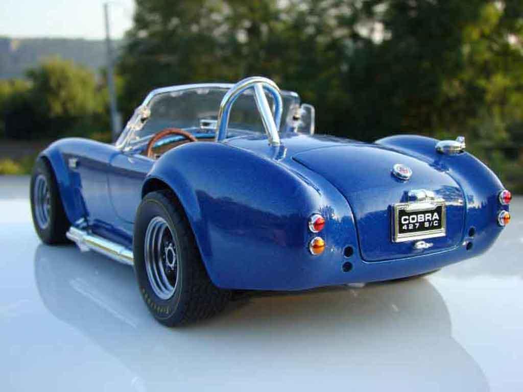 Shelby Ac Cobra 1/18 Road Signature 427 s/c bleue jantes gmp