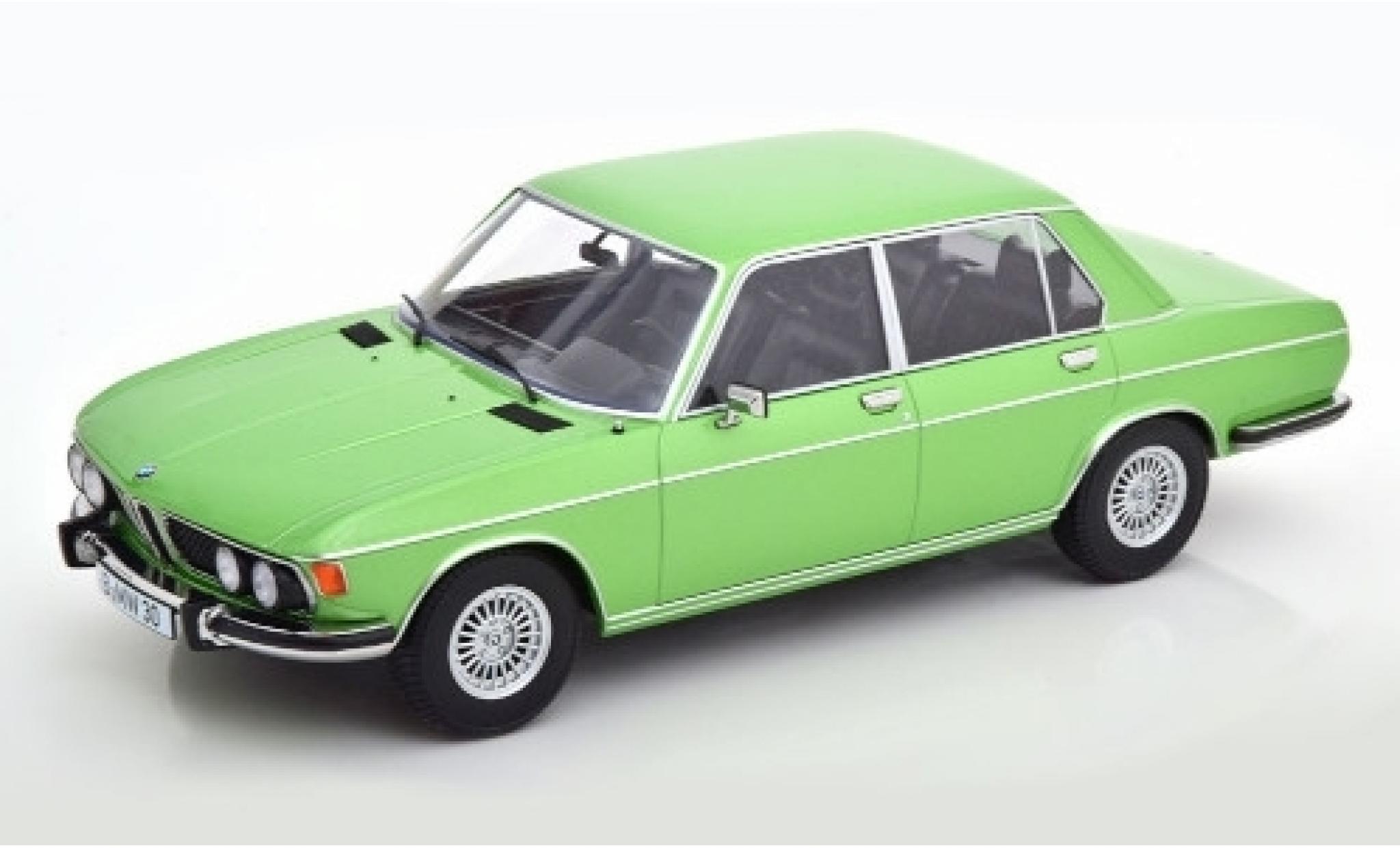 Bmw 3.0 1/18 KK Scale S (E3) metallise verte 1971