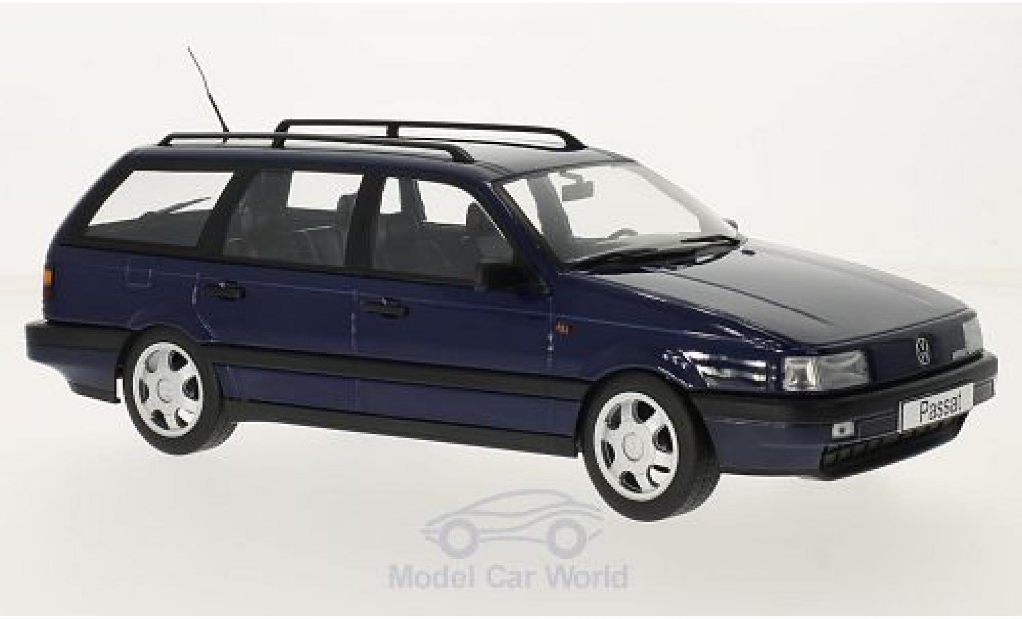 Volkswagen Passat 1/18 KK Scale (B3) Variant dunkelblue 1988
