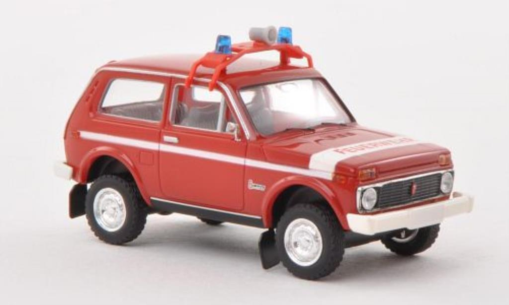 Lada Niva Feuerwehr (DDR) Brekina. Lada Niva Feuerwehr (DDR) Pompier miniature 1/87