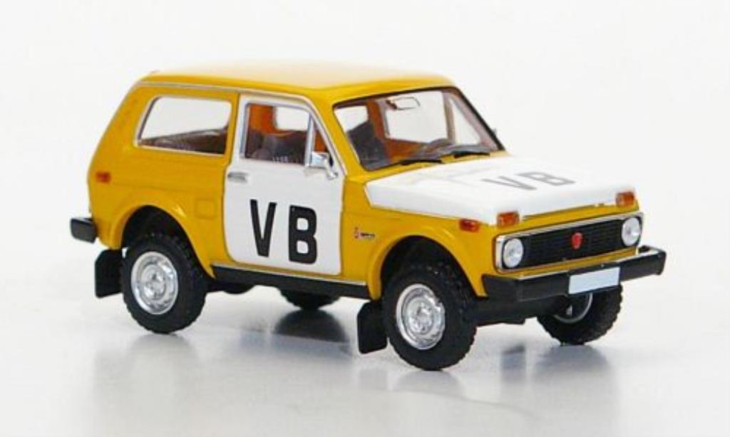 Lada Niva VB Polizei (CSSR) Brekina. Lada Niva VB Polizei (CSSR) Police miniature 1/87