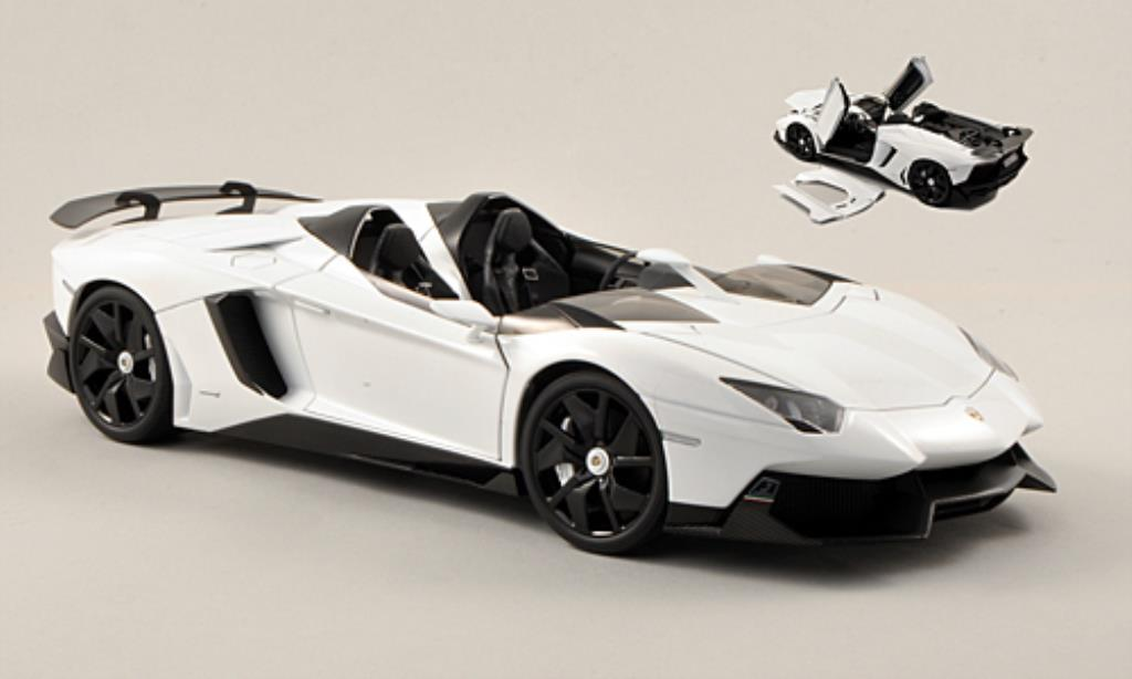 lamborghini aventador j miniature blanche 2012 autoart 1 18 voiture. Black Bedroom Furniture Sets. Home Design Ideas