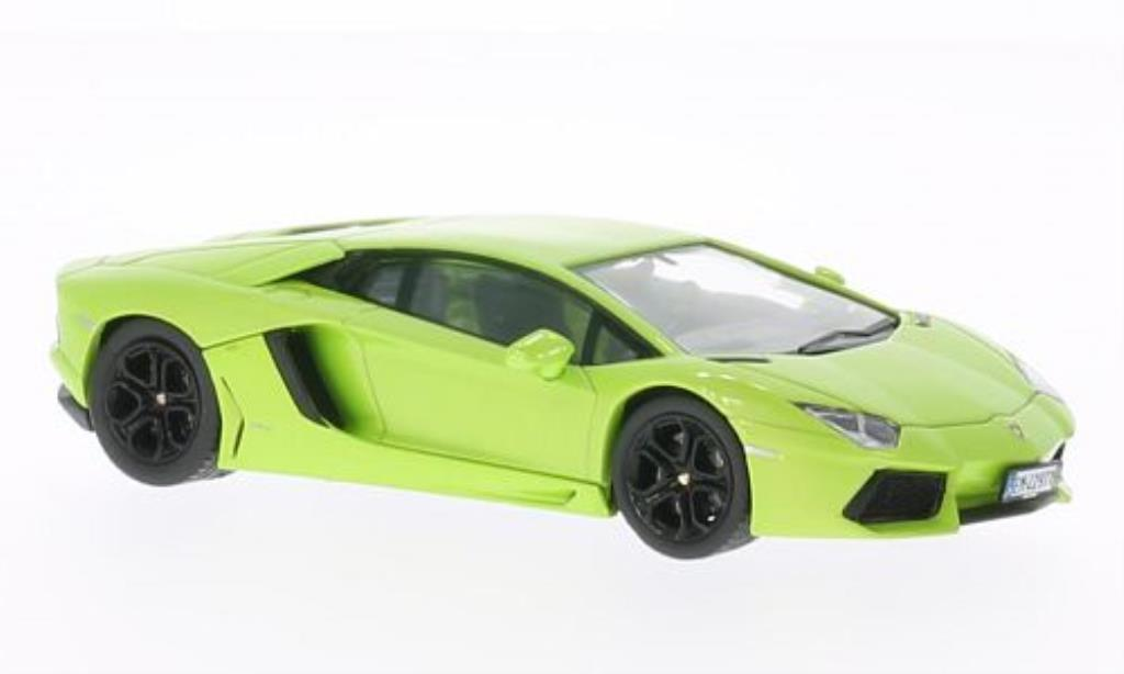 Lamborghini Aventador LP700-4 1/43 IXO verte 2012 miniature