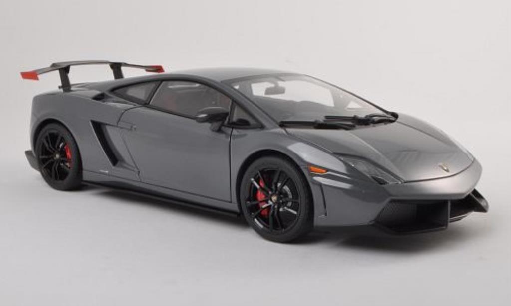 Lamborghini Gallardo 1/18 Autoart LP570 Supertrofeo Stradale grise/noire 2011 miniature