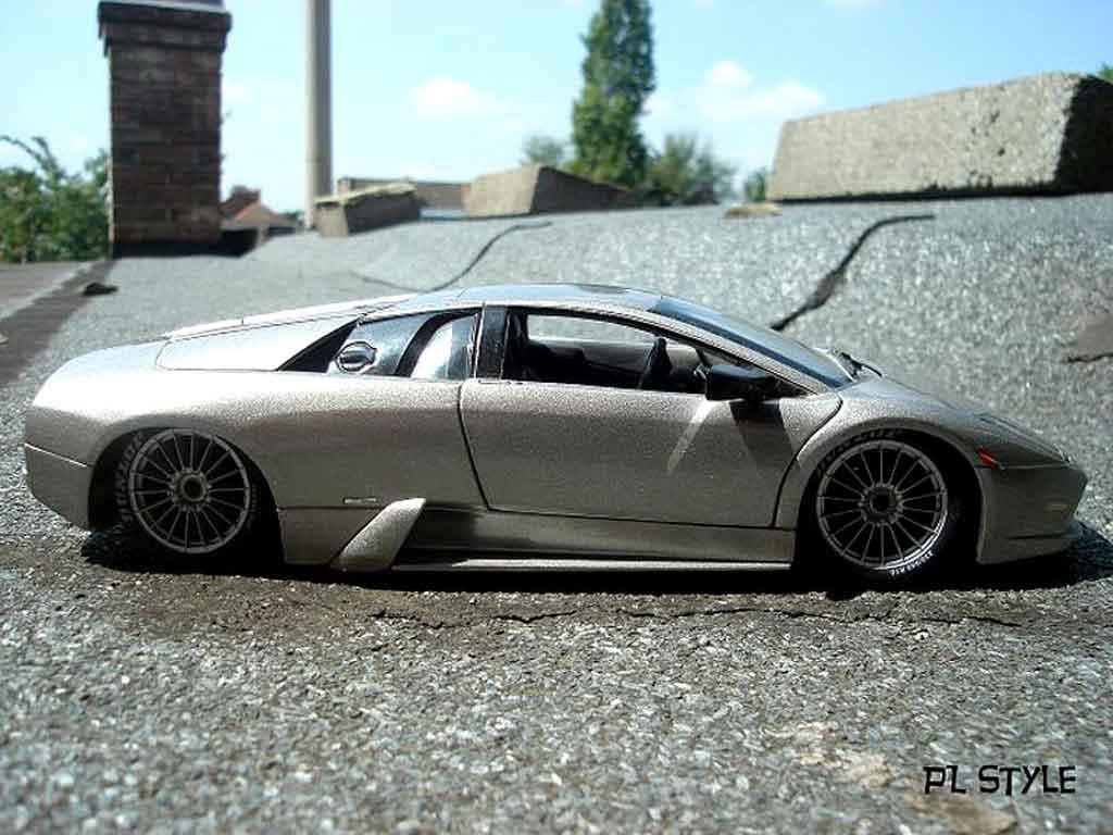 Lamborghini Murcielago 1/18 Maisto competizione grau