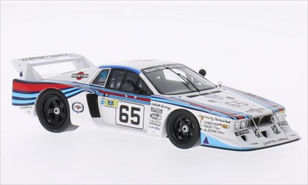 Lancia Beta 1/43 Spark No.65 Martini Racing Le Mans Le Mans 1981 /C.Facetti miniature
