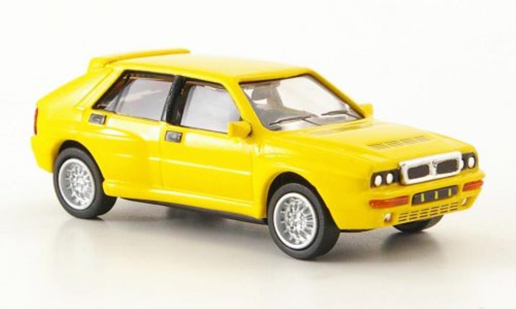 lancia delta miniature hf integrale evo 2 jaune 1992 ricko 1 87 voiture. Black Bedroom Furniture Sets. Home Design Ideas