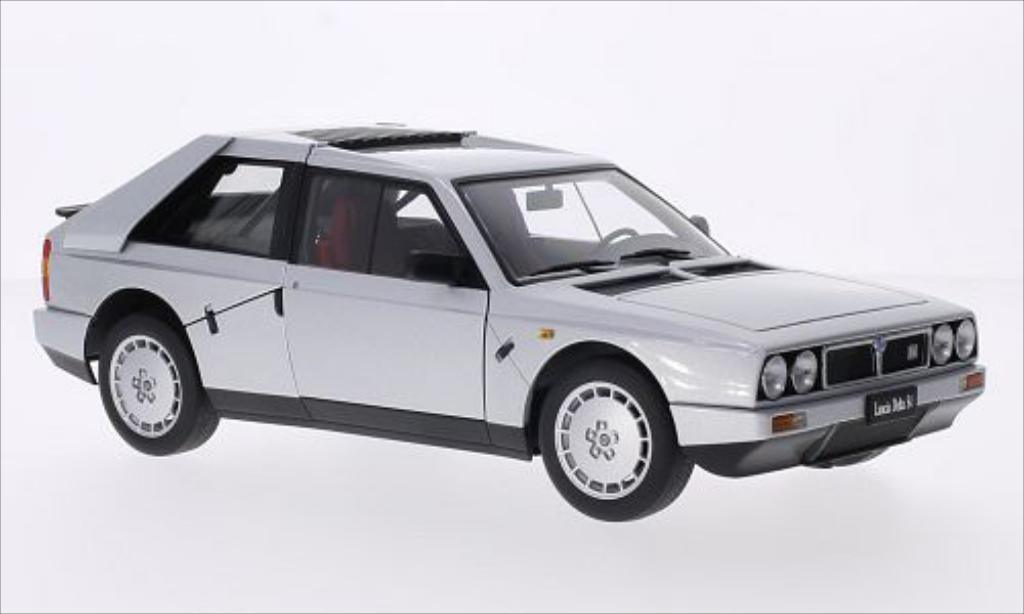 Lancia Delta S4 1/18 Autoart metallise grise 1985 miniature