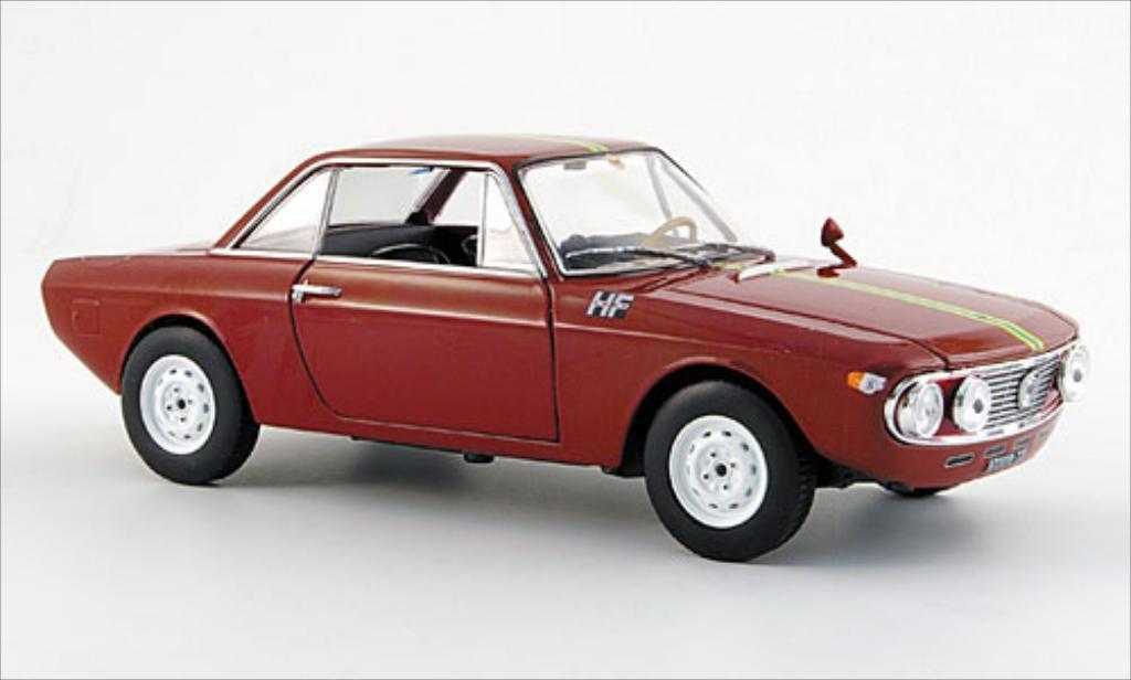 lancia fulvia coupe rally 1 3 hf dunkelrot 1967 mcw modellauto 1 24 kaufen verkauf modellauto. Black Bedroom Furniture Sets. Home Design Ideas
