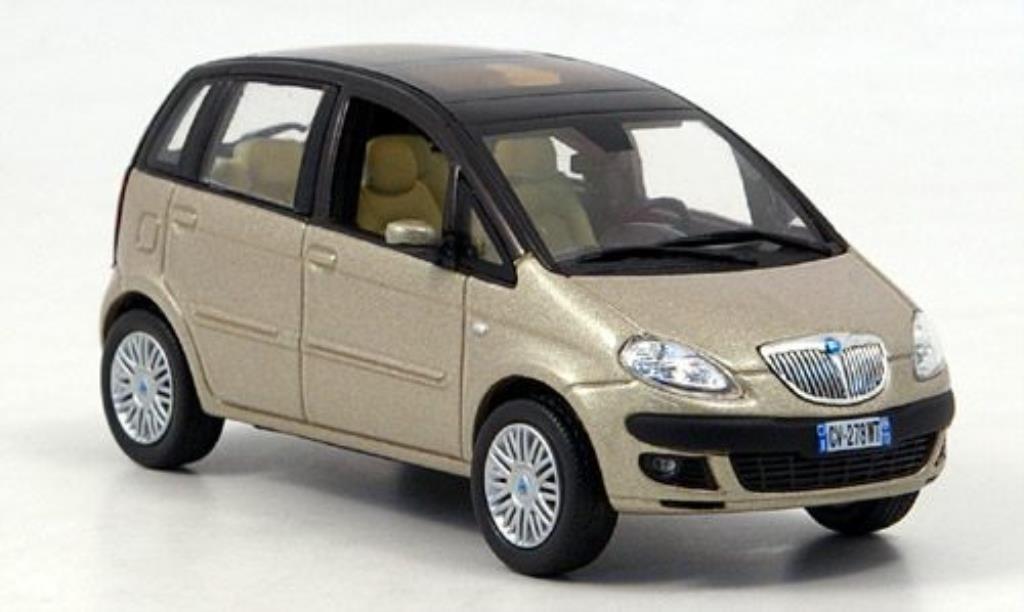 Lancia Musa 1/43 Norev beige/kupfer miniature