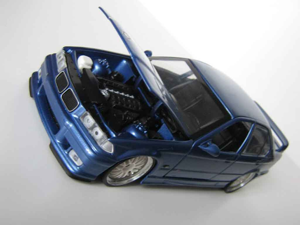 Voiture de collection Bmw M3 E36 berline bleu estoril jantes bbs tuning Ut Models. Bmw M3 E36 berline bleu estoril jantes bbs miniature 1/18
