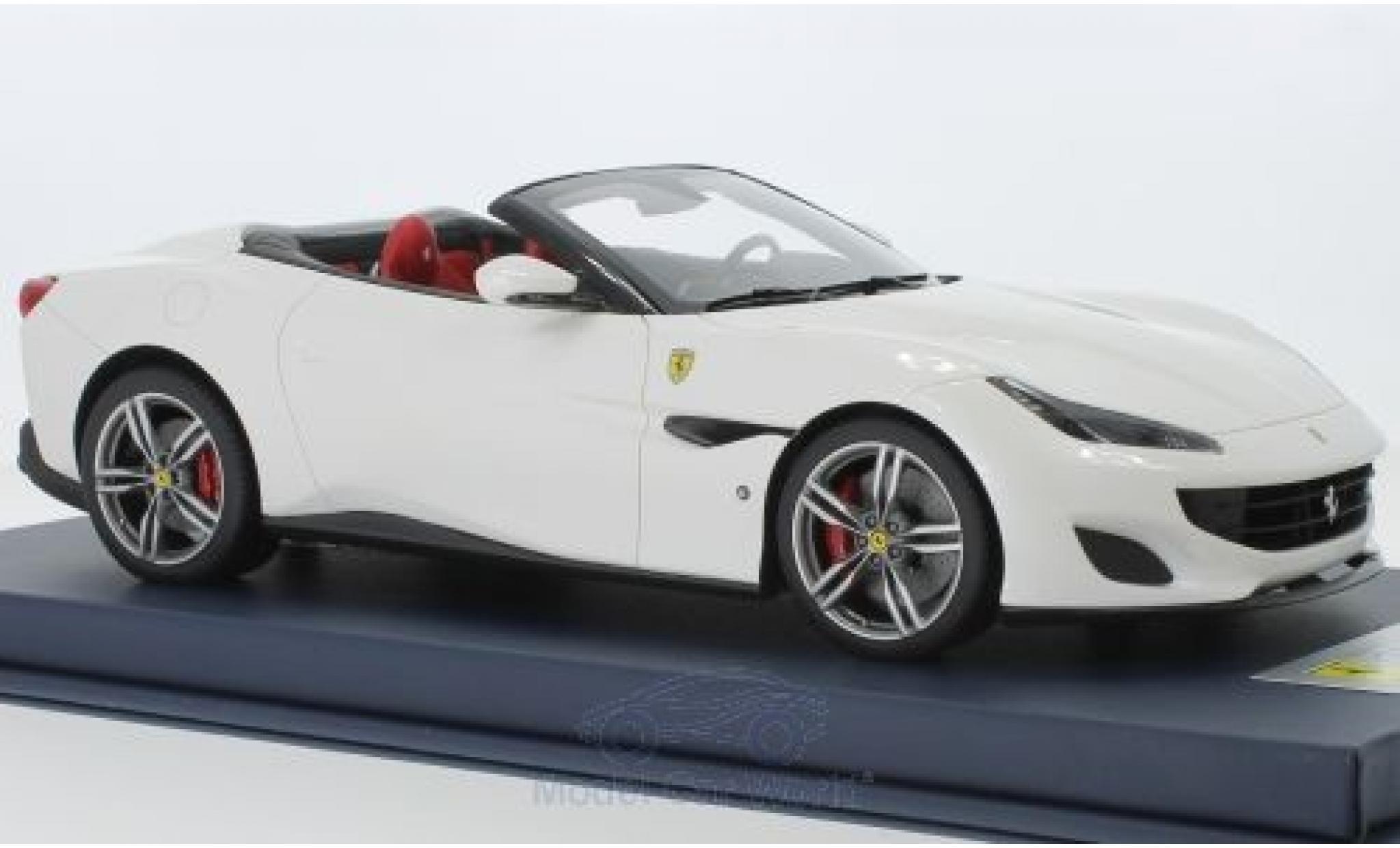 Ferrari Portofino 1/18 Look Smart metallic white 2018