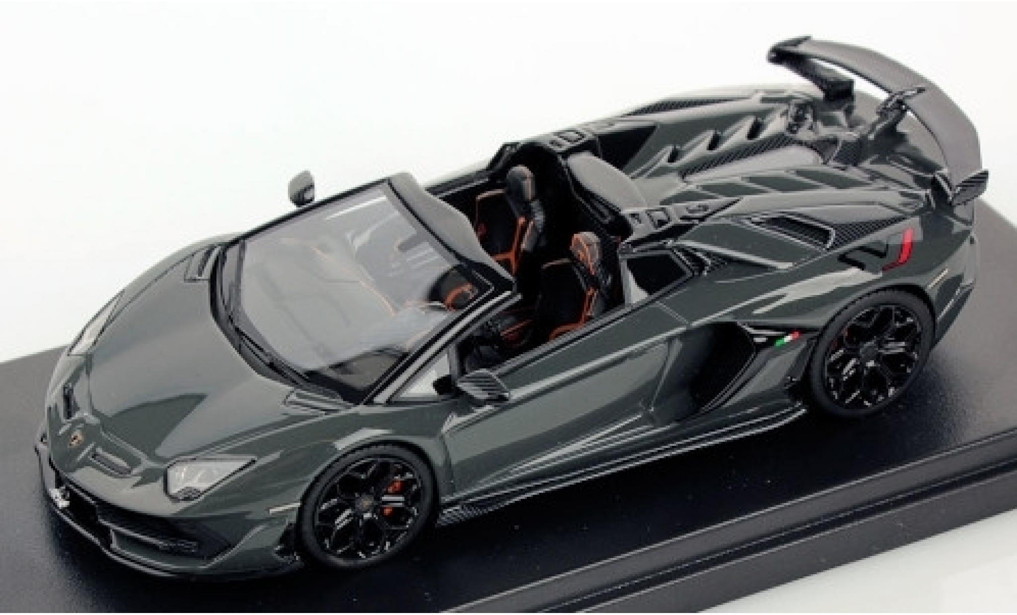 Lamborghini Aventador 1/43 Look Smart SVJ Roadster metallise grey 2019