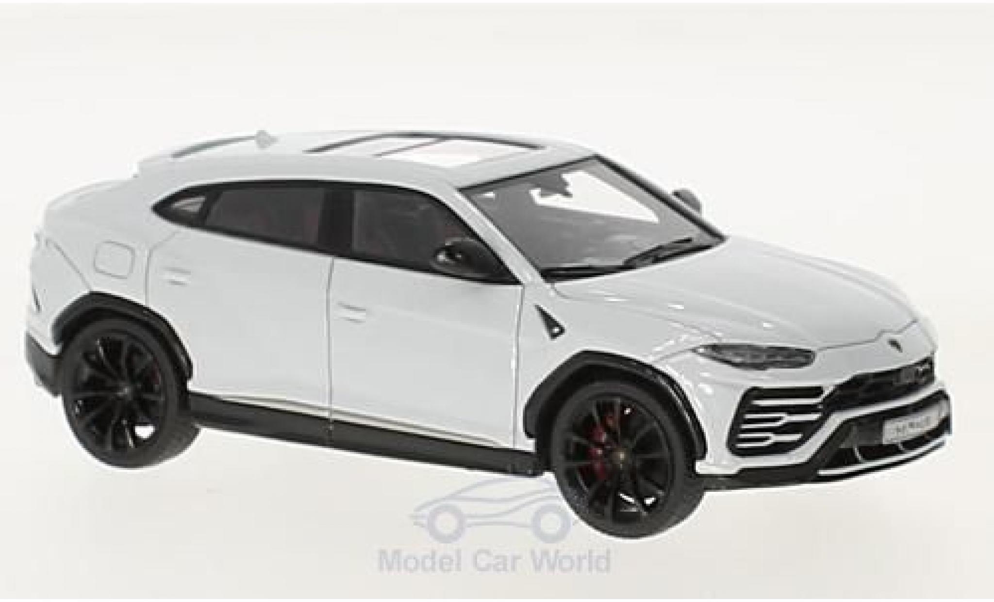 Lamborghini Urus 1/43 Look Smart white