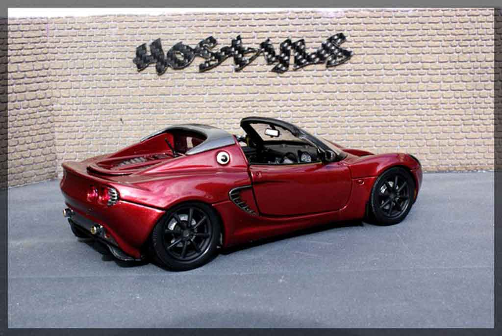 lotus elise 111s red carbon welly modellauto 1 18 kaufen verkauf modellauto online. Black Bedroom Furniture Sets. Home Design Ideas