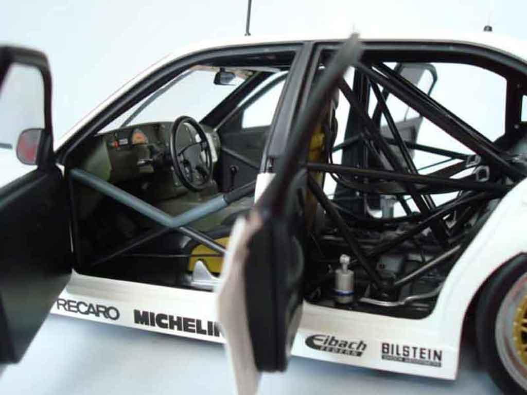 Opel Omega 1/18 Minichamps lotus 3000 24v dtm